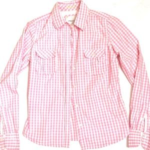 AEO pink gingham button up. Size 6.